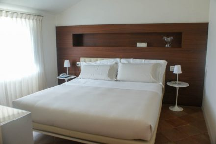 Bed at Nun Assisi Relais